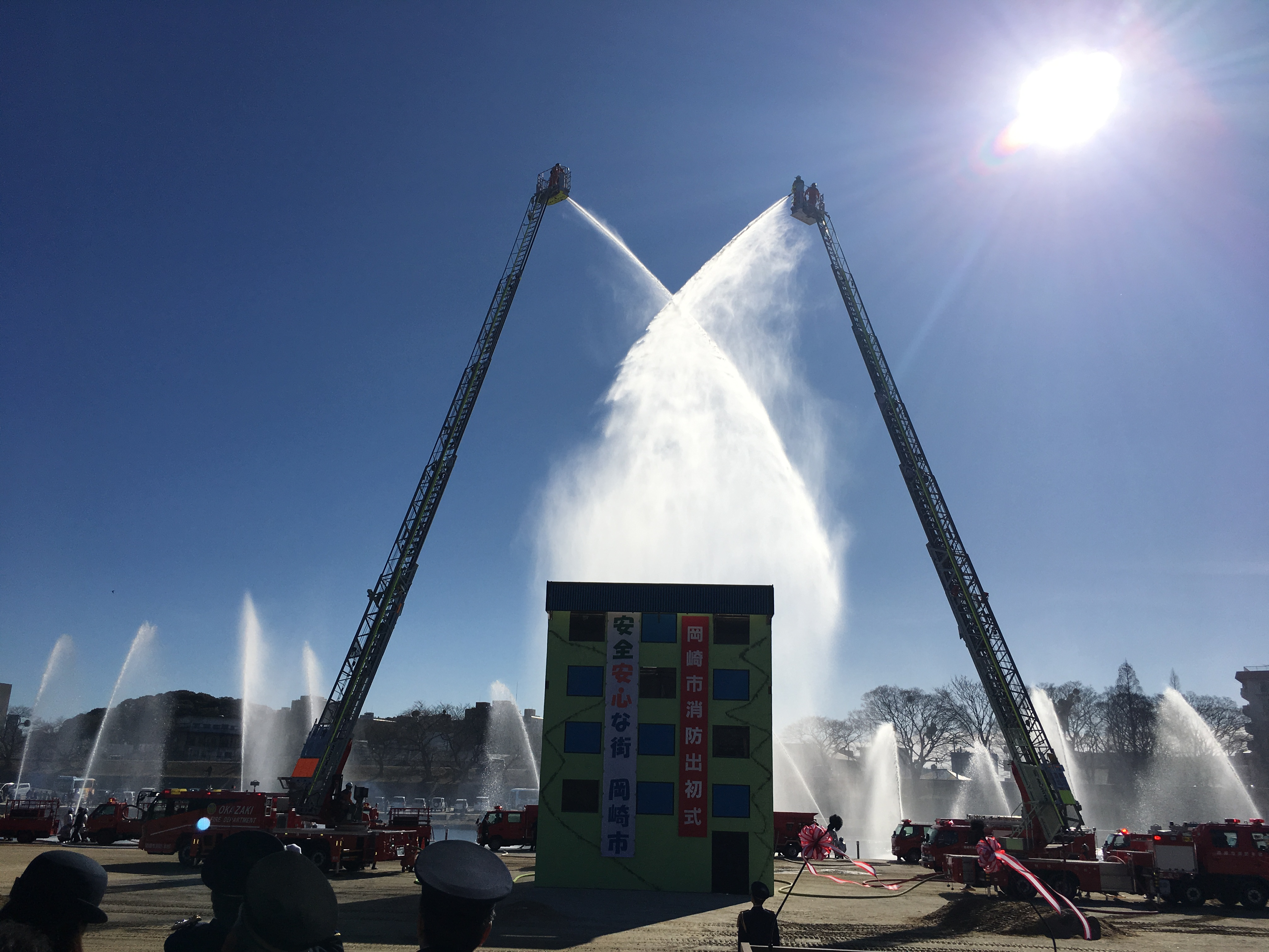 安心、安全の為にご活躍いただきありがたいと感じております。 つきぬけるような、素晴らしい晴天の下での開催で、多くの見学の方々もお越しいただきました。 消防団の皆様、お疲れ様でした。ありがとうございます。 #いそべ亮次 #岡﨑市議会議員