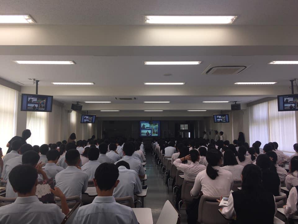 行われました。今回は2年生の200人余りです。<br /> 高校生諸君の質問は実直で良いです。良い意味で面白いです。<br /> 市長も思わず話してしまう回答もあり、短い時間でしたが、充実しておりました。 #いそべ亮次 #磯部亮次 #岡崎の未来を考える会 #岡﨑市議会議員