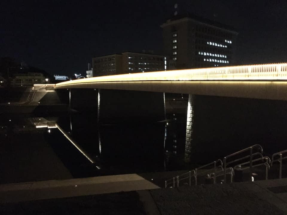 > 夜、照明がついてました。<br /> 完成式は予定では22日となってます。 #いそべ亮次 #磯部亮次 #岡崎の未来を考える会 #岡﨑市議会議員